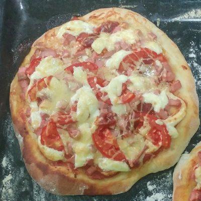 Студенческая пицца - рецепт с фото