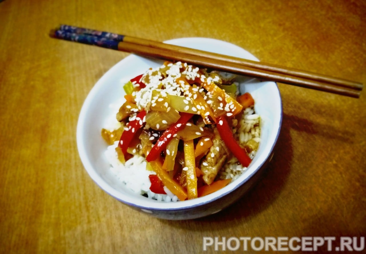 Гулу Жоу — свинина в кисло-сладком соусе