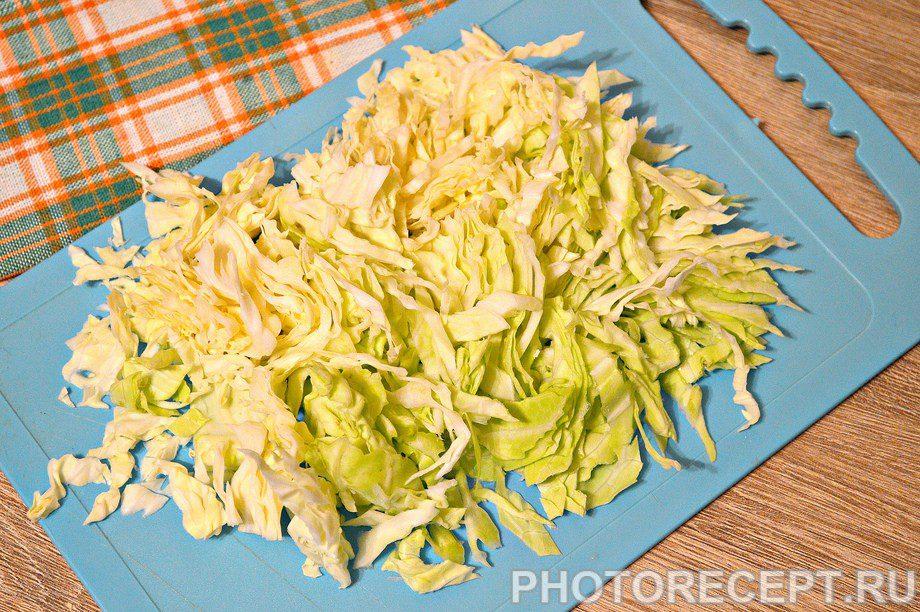 Фото рецепта - Щи со свежей капустой и курицей - шаг 1