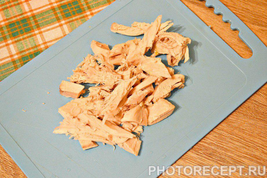 Фото рецепта - Щи со свежей капустой и курицей - шаг 5