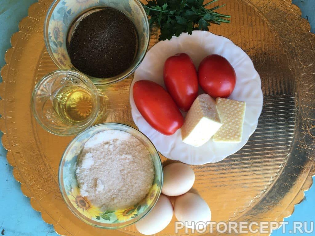 Фото рецепта - Яичница с помидорами и сыром - шаг 1