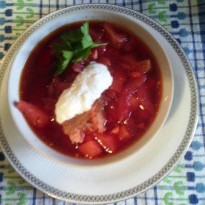Свекольник классический с мясом - рецепт с фото