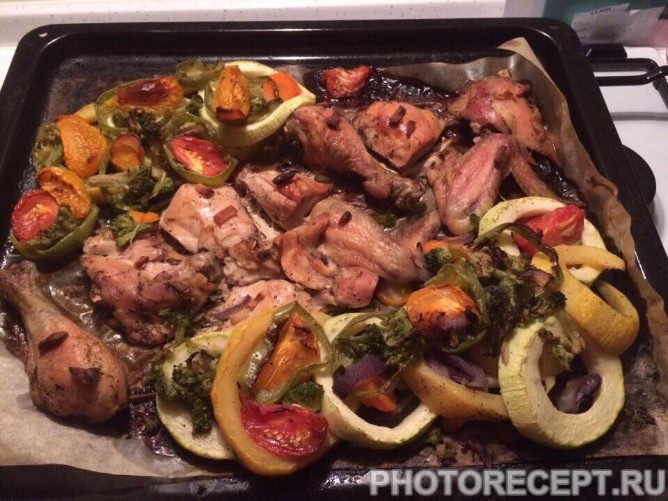 Обалденно вкусная курочка с овощами в духовке