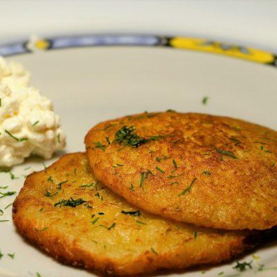 Сырно-картофельные лепешки - рецепт с фото