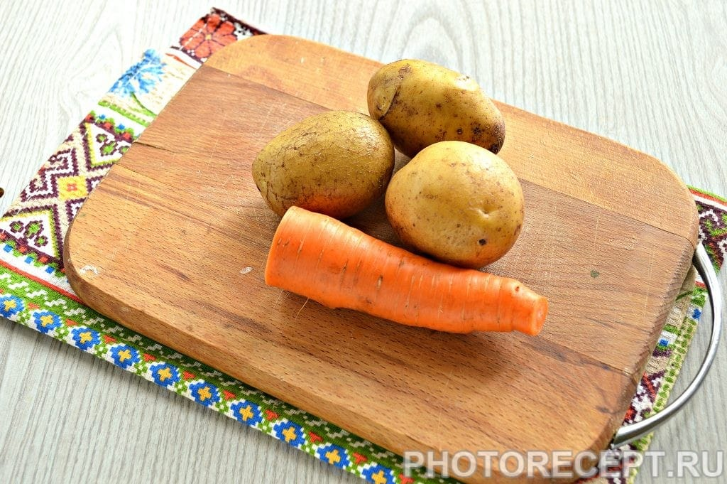 Фото рецепта - Морковно-картофельное пюре - шаг 1