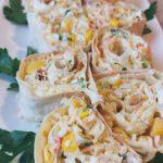 Рулетики из лаваша с крабовым салатом
