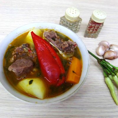 Шурпа с бараниной в казане по-узбекски - рецепт с фото