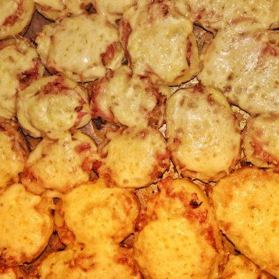 Фото рецепта - Картофельные корзинки с секретом - шаг 8