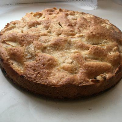 Яблочный пирог в духовке - рецепт с фото