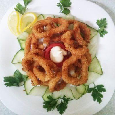 Кольца кальмара в ореховой панировке - рецепт с фото