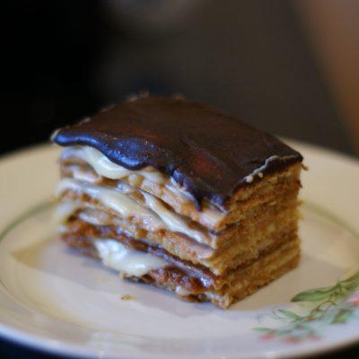Торт «Рыжик» с помадкой - рецепт с фото