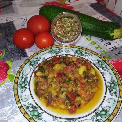 Овощное рагу с грибами - рецепт с фото