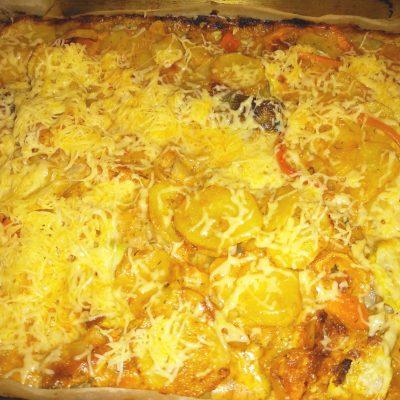 Филе минтая под соусом с овощами и с сыром - рецепт с фото