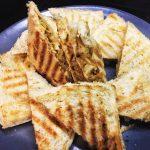 Сендвичи с яйцом, капустой и сыром