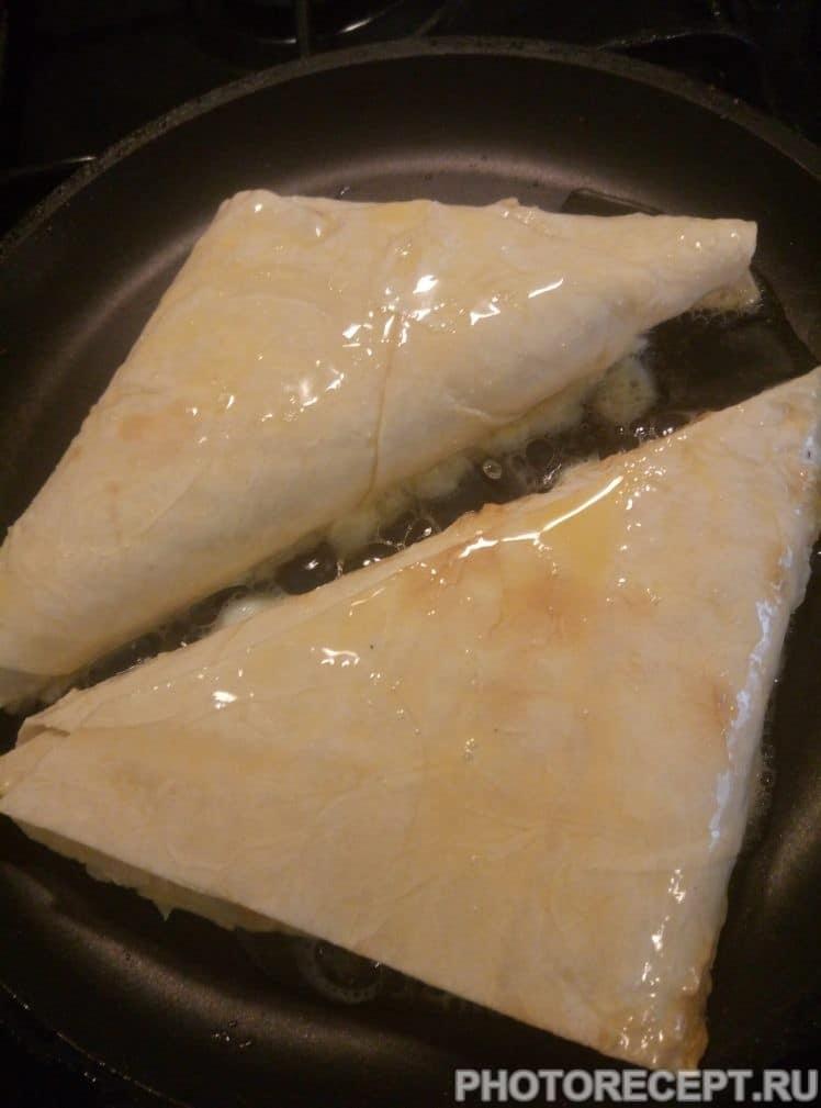 Фото рецепта - Хачапури за 10 минут - шаг 6