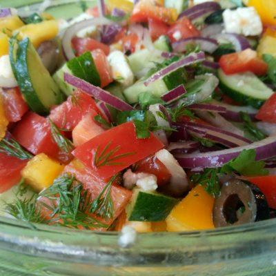 Салат с адыгейским сыром - рецепт с фото