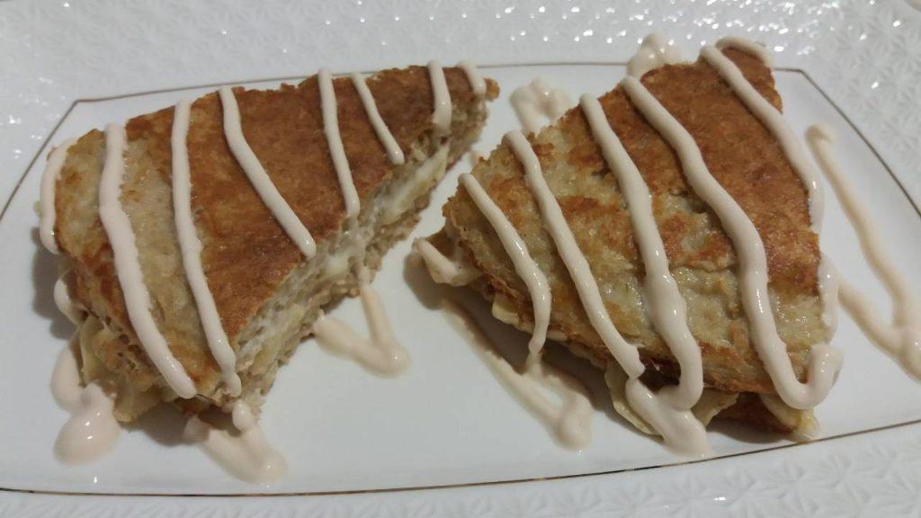 Фото рецепта - Овсяноблин с творогом и бананом - шаг 7