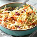 Витаминный салат из капусты с морковью