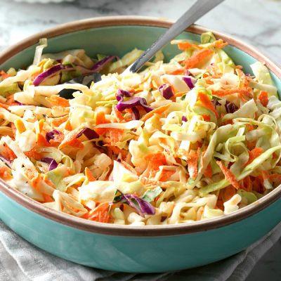 Витаминный салат из капусты с морковью - рецепт с фото