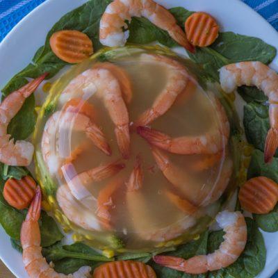 Заливное из креветок с кукурузой и брокколи - рецепт с фото
