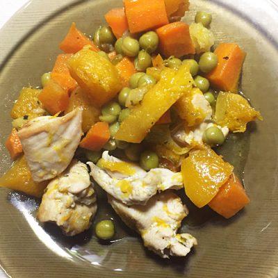 Курица, тушеная с тыквой и зеленым горошком - рецепт с фото