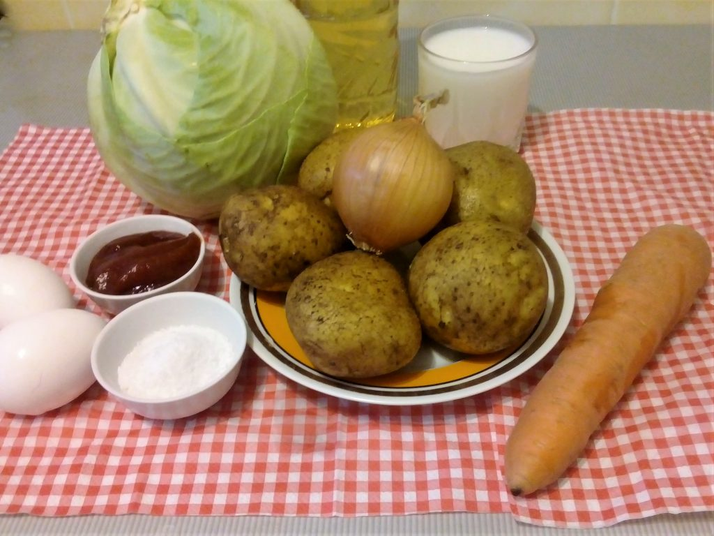 Фото рецепта - Картофельные пирожки с капустой - шаг 1