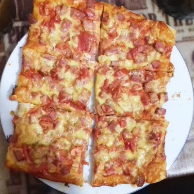 Домашняя пицца в духовке - рецепт с фото