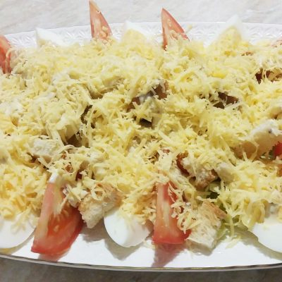 Простой салат Цезарь с курицей - рецепт с фото