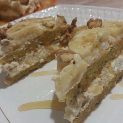 Фото рецепта - Торт из овсяноблинов с тыквой, бананом, творогом и орехами - шаг 6