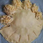 Фото рецепта - Мясной пирог с сыром и фаршем - шаг 3