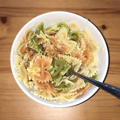 Макароны с сыром и чесноком - рецепт с фото