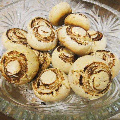 Песочное печенье «Шампиньоны» - рецепт с фото