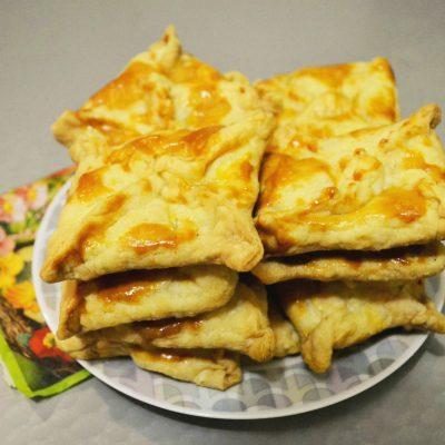 Хачапури с сыром - рецепт с фото