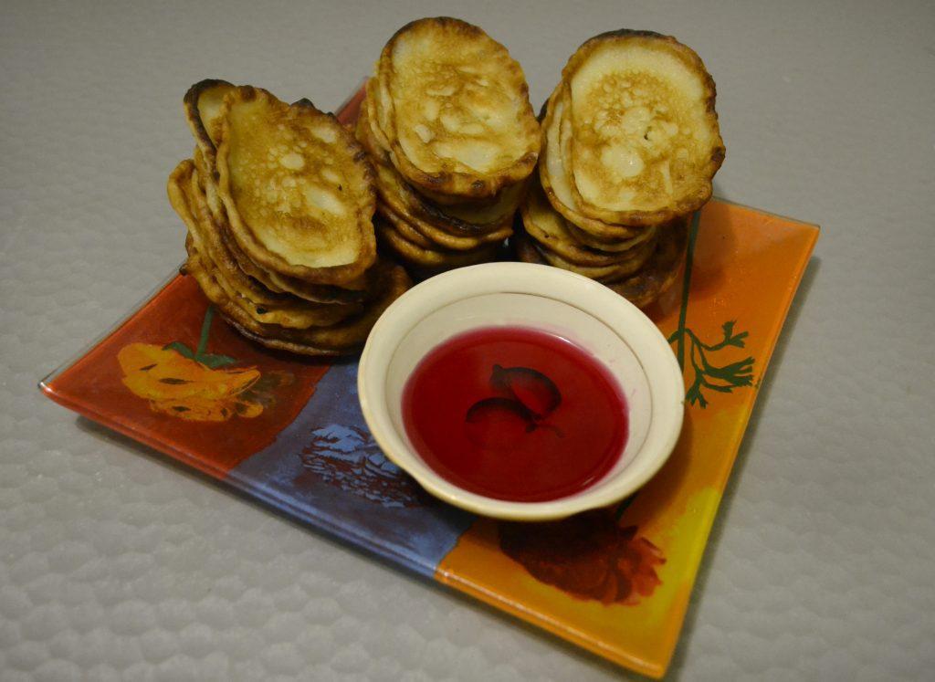 Фото рецепта - Вкусные оладьи на кефире - шаг 5