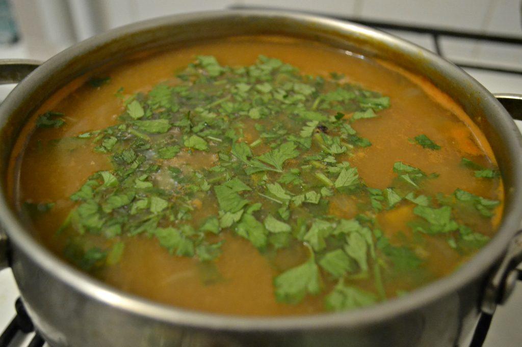 Фото рецепта - Суп с килькой в томатном соусе или уха по-быстрому - шаг 5