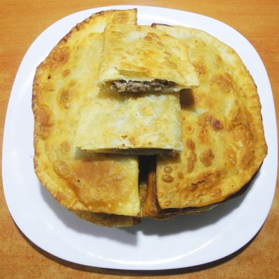 Домашние чебуреки - рецепт с фото