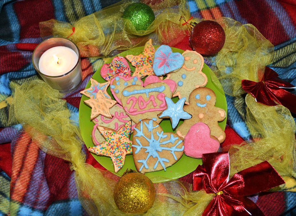 Фото рецепта - Имбирное печенье на масляном тесте - шаг 11