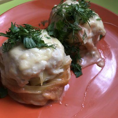 «Гнезда» в духовке с куриным фаршем - рецепт с фото
