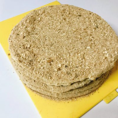 Простой рецепт приготовления медовика - рецепт с фото
