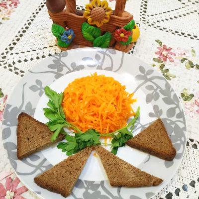 Любимая ароматная морковь по-корейски с кисло-сладким вкусом - рецепт с фото