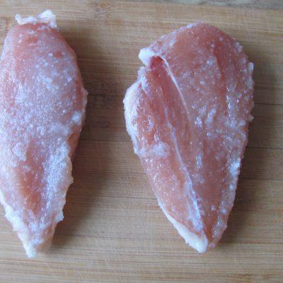 Фото рецепта - Сыровяленая куриная грудка - шаг 4
