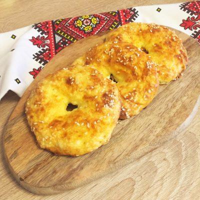 Творожно-сырные бублики - рецепт с фото