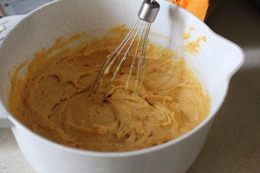 Фото рецепта - Тыквенный кекс с цитрусовой глазурью - шаг 8
