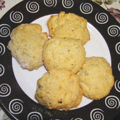 Печенье на сливках с орехами и семечками - рецепт с фото