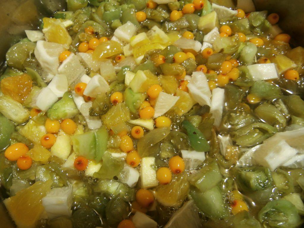 Фото рецепта - Варенье из зелёных помидоров «Чудесное сочетание» - шаг 2