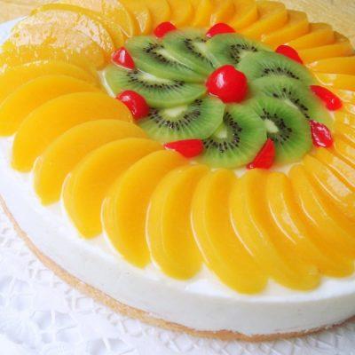 Фруктовый йогуртовый торт с желатином (без выпечки) - рецепт с фото