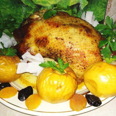 Фаршированная утка в духовке - рецепт с фото