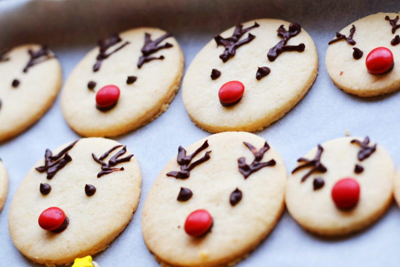Простое печенье из песочного теста на Новый год