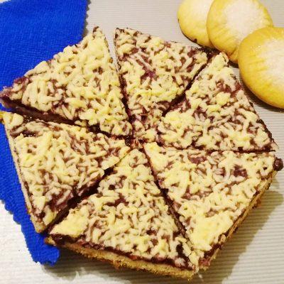 Тертое печенье с вареньем «Каракум» - рецепт с фото