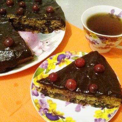 Заливной постный вишневый пирог - рецепт с фото